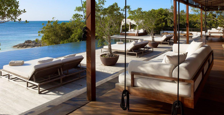 dock-como-parrot-cay-resort