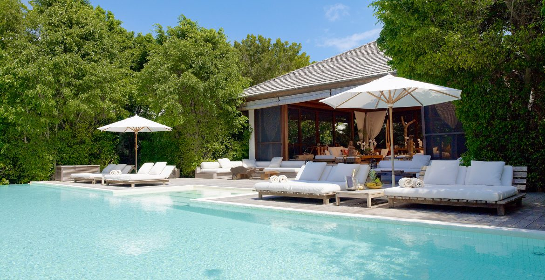 pool-como-parrot-cay-resort