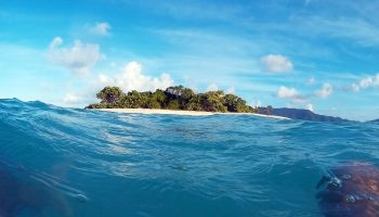sandy-spit-ocean-island