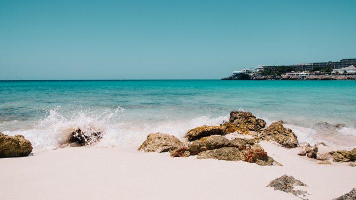 maho-bay-beach-sint-maarten