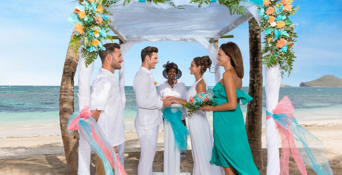 marriage-ceremony-photos-beach