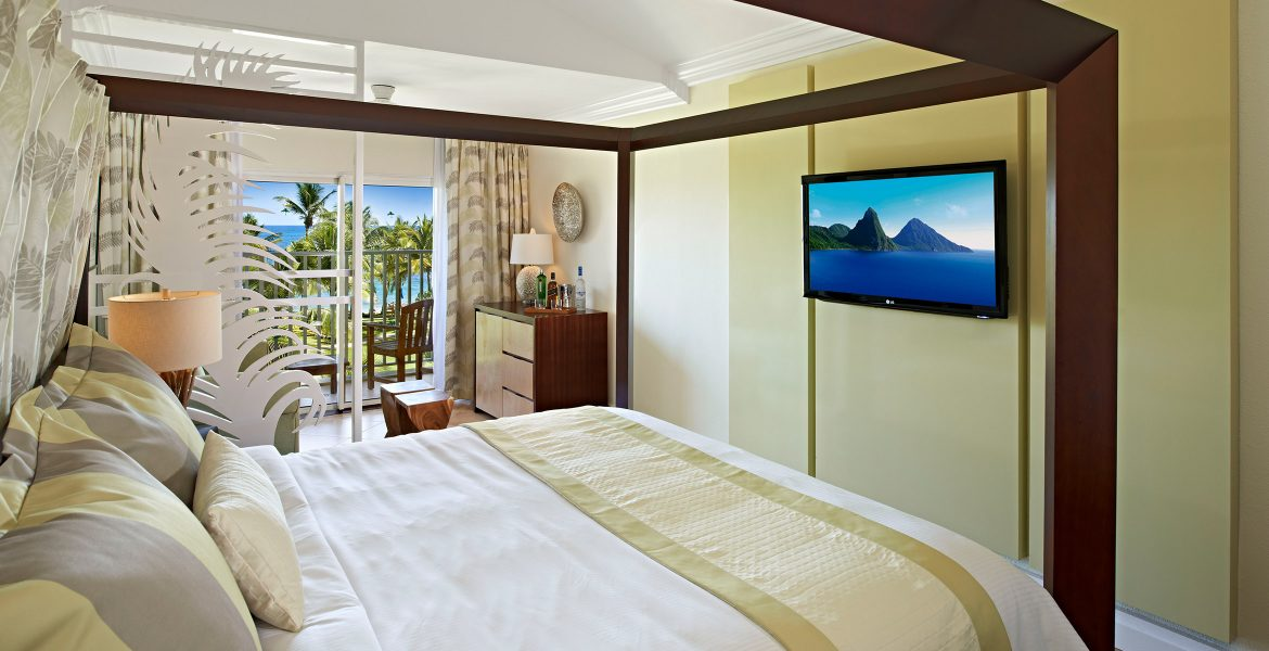 white-bed-resort-suite