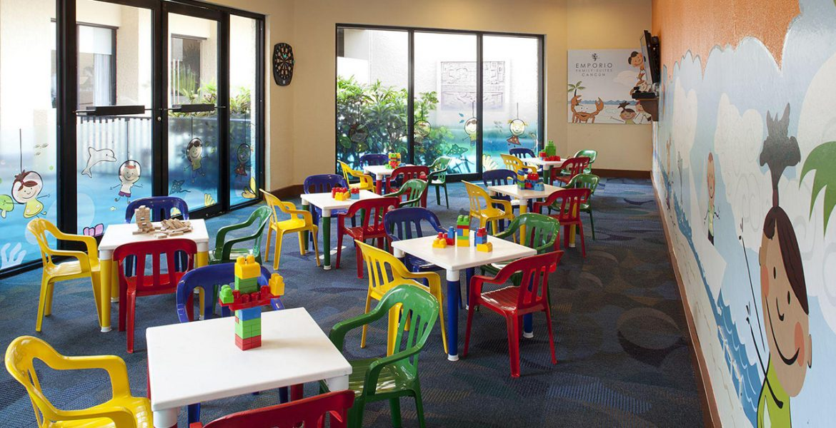kids-play-room-colorful-little-chairs