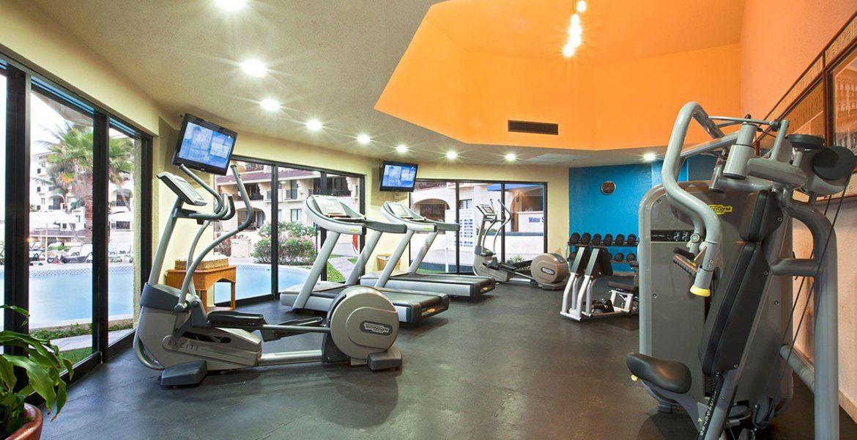 gym-treadmills-facing-windows