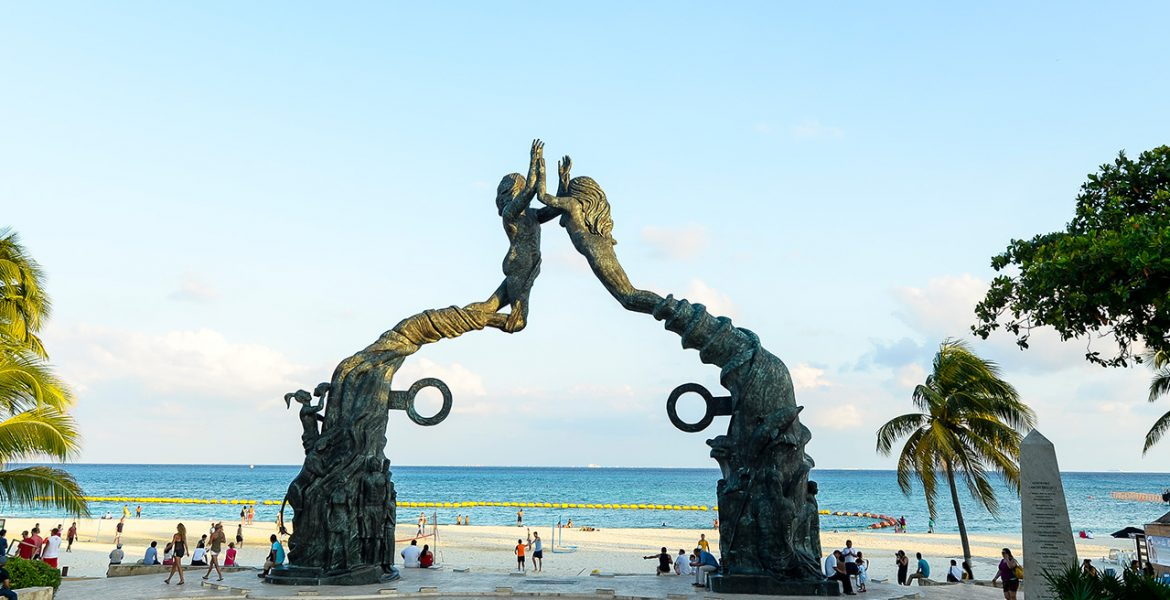 playa-del-carmen-mermaid-arch-beach