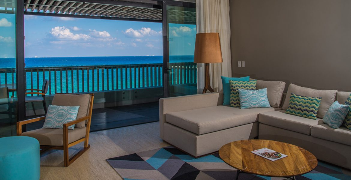 resort-hotel-room-with-ocean-view