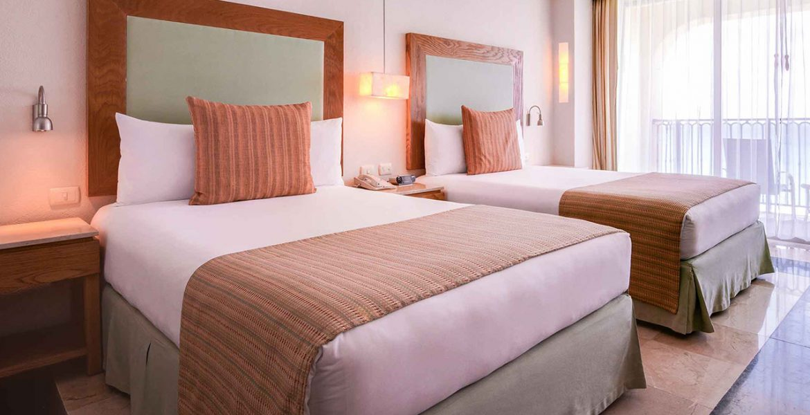 plush-beds-in-hotel-room