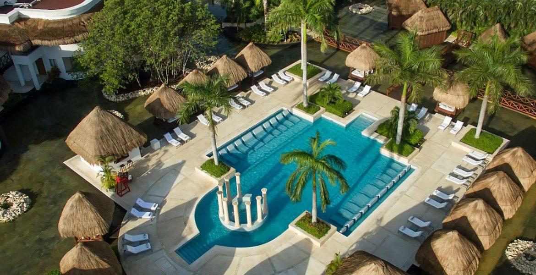 aerial-view-resort-pool-palm-trees