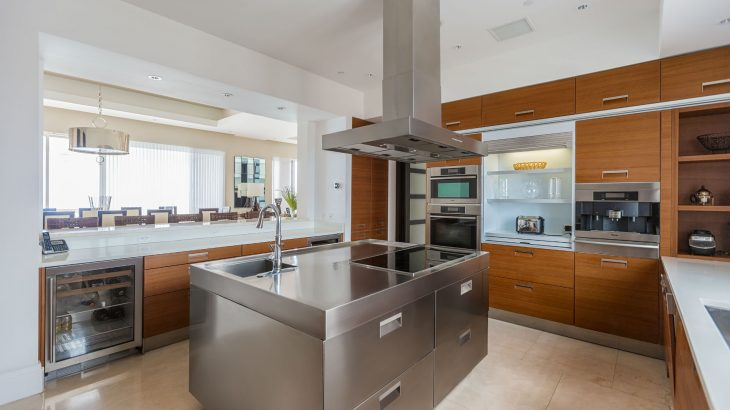 luxury-suite-kitchen-stainless-steel