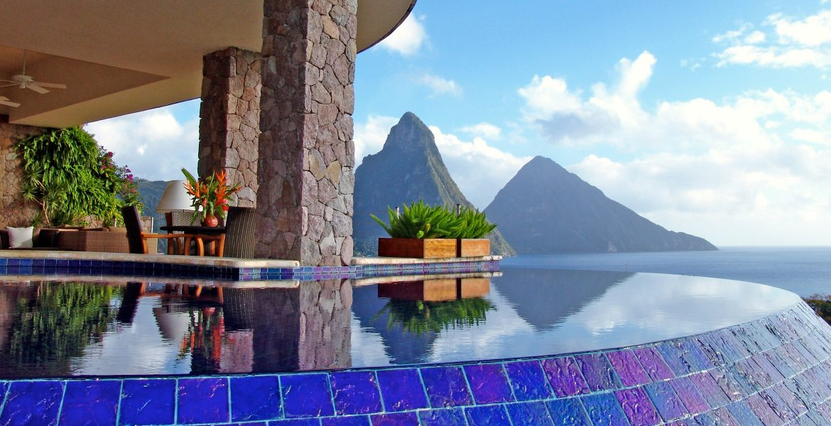 jade-mountain-resort-pool-overlooking-pitons-peaks