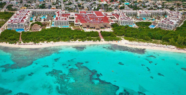 aerial-view-beach-hotel-turquoise-ocean