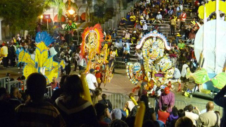 carnival-parade-costumed-dancers