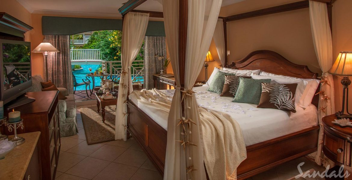 suite-bed-sandals-grand-st-lucian