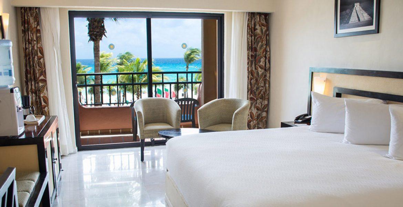 resort-suite-ocean-view-balcony