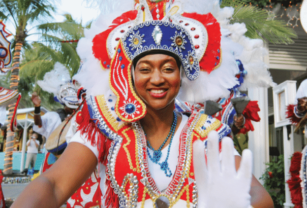 junkanoo-dancer-bahamas-red-white-outfit-with-headress