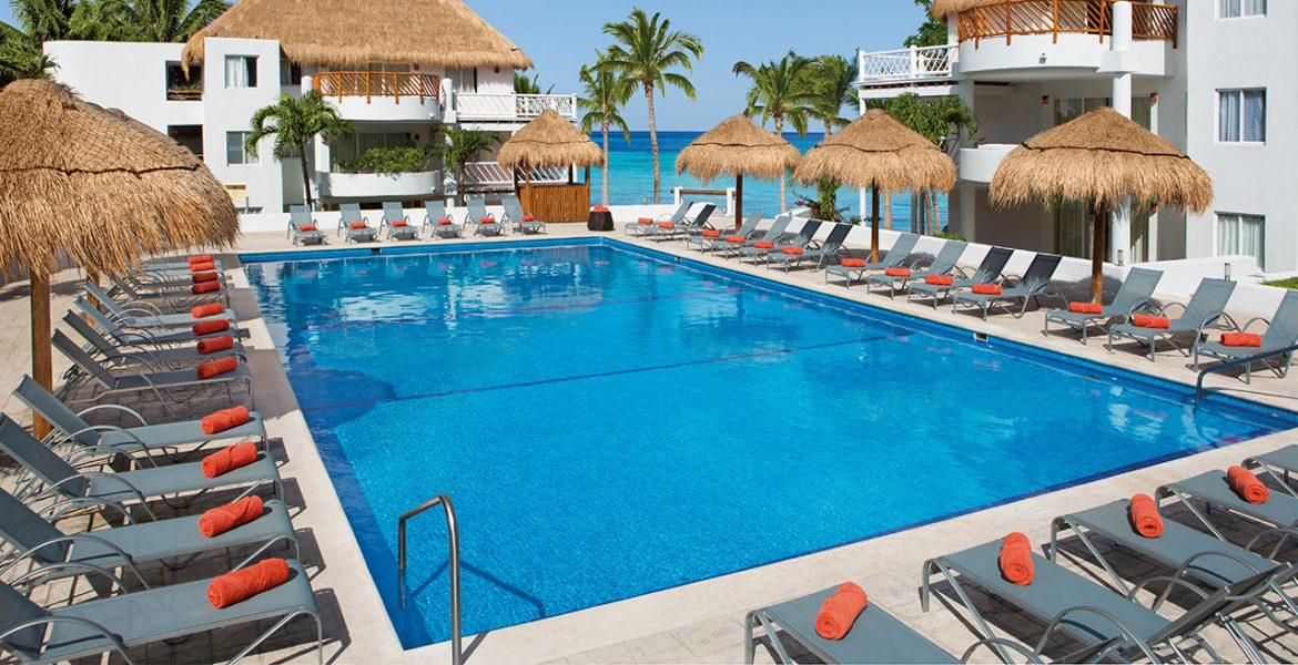 resort-pool-on-beach