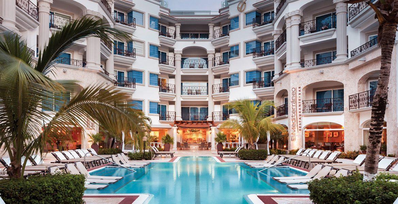 luxury-resort-building-pool