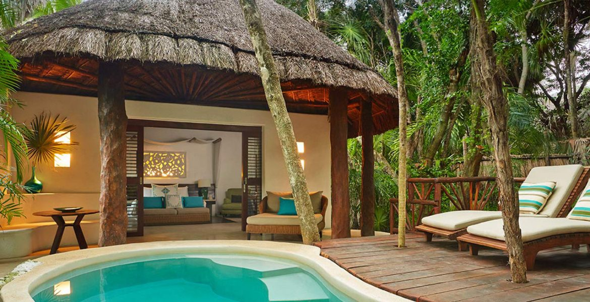 resort-suite-with-private-pool
