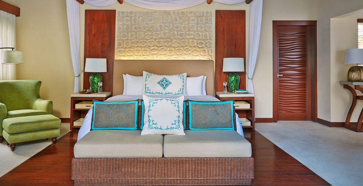 resort-room-natural-furniture