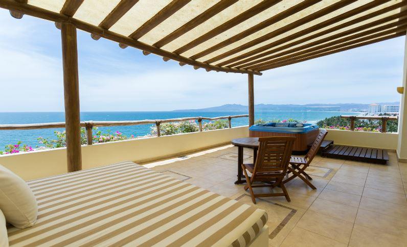 suite-jacuzzi-terrace-ocean-view-terrace