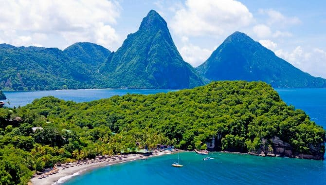 Rooms: Most Romantic Beach Resorts In St. Lucia