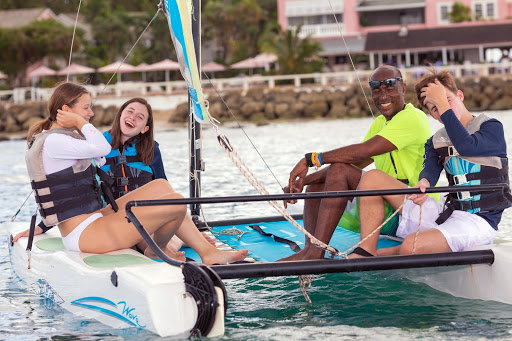 people-sailing-barbados