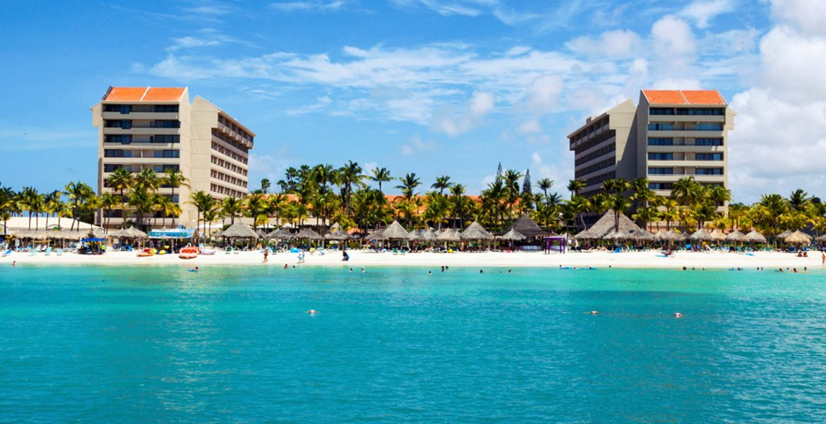 beach-view-barcelo-aruba-hotel