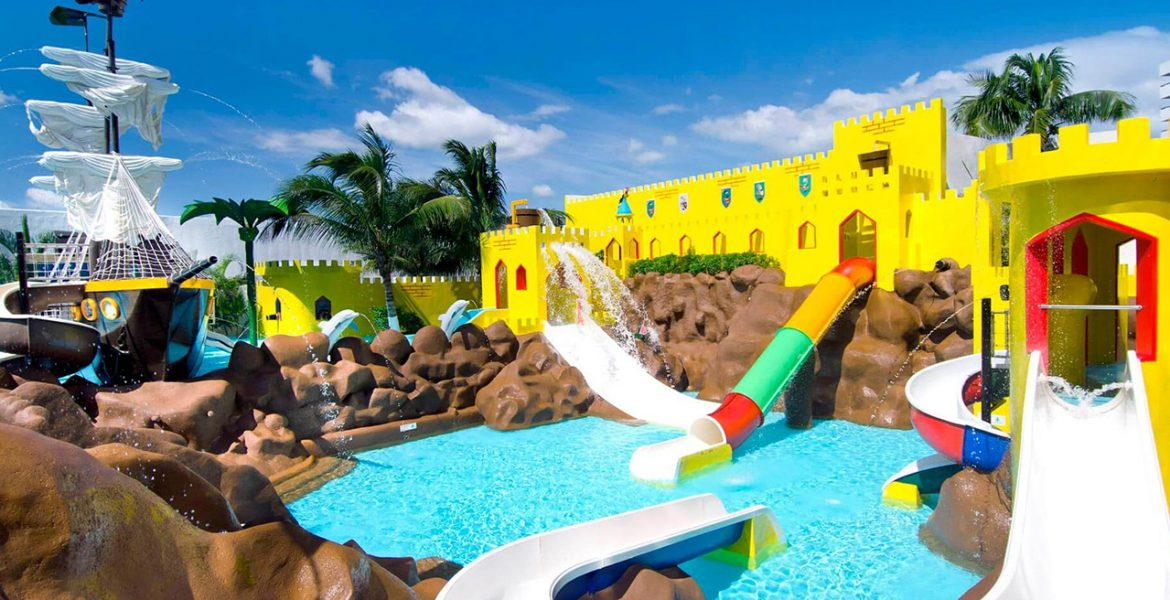 resort-kids-pool-water-slide