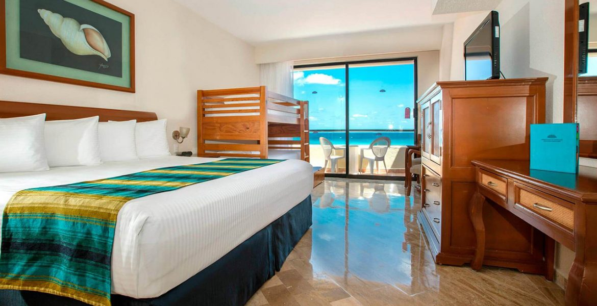 resort-suite-with-ocean-view-balcony-one-bed