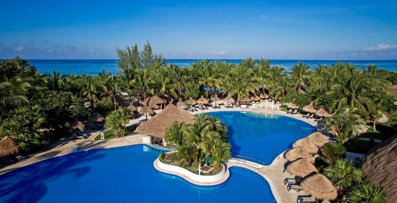 aerial-view-beach-resort-pools