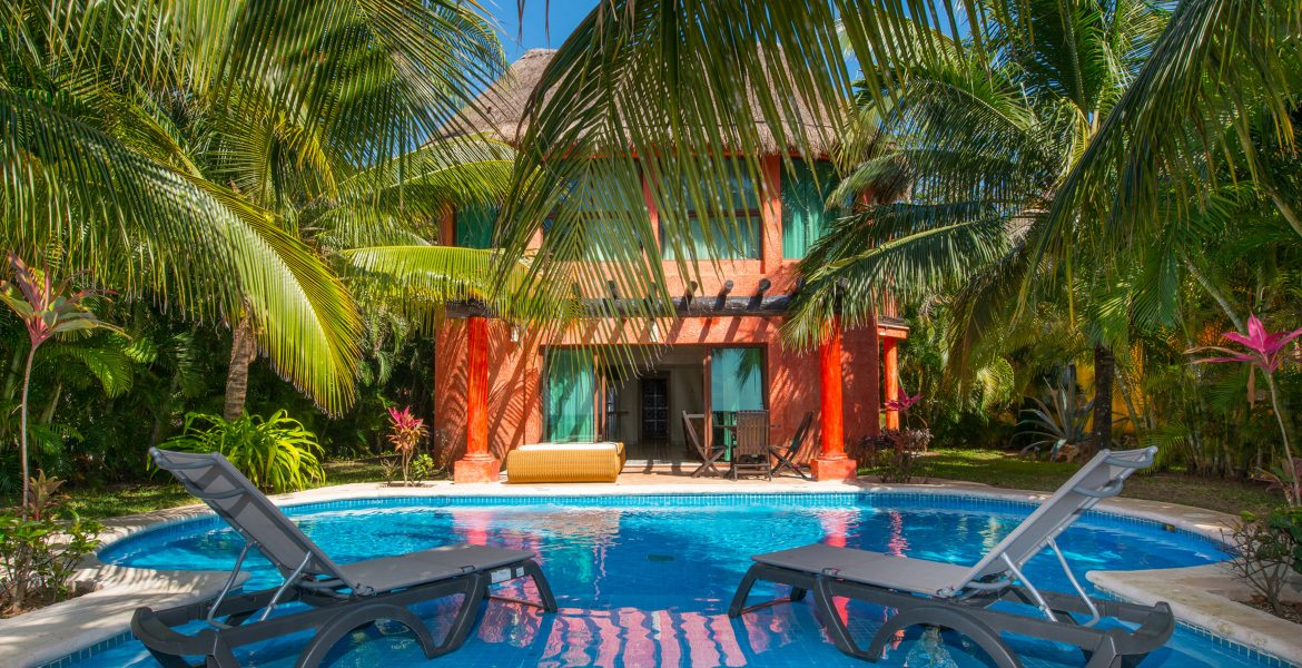 private-pool-at-resort-loungers-orange-building