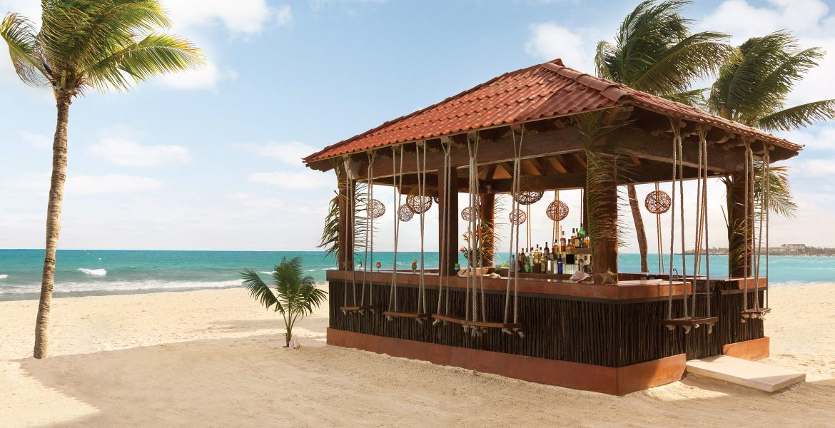 resort-beach-bar-with-swing-seats