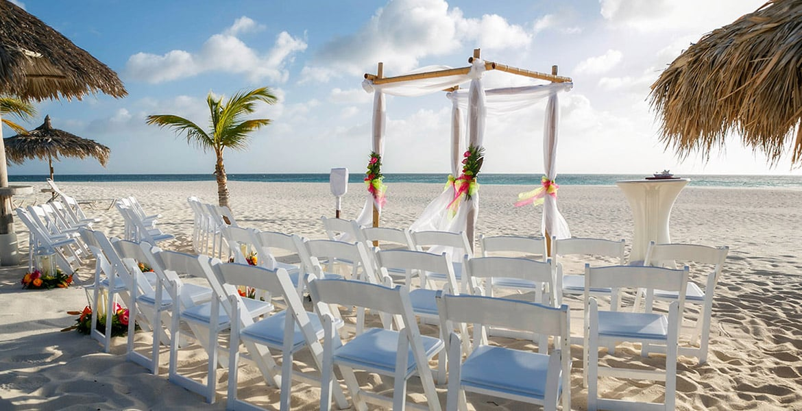 manchebo-beach-resort-aruba-beach-wedding-setup