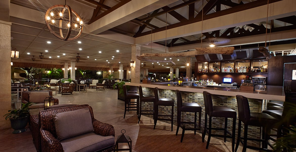 manchebo-beach-resort-aruba-restaurant-bar