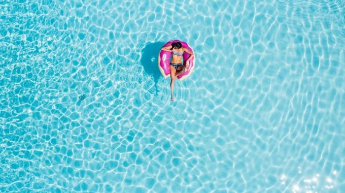 pool-water-blue-girl-float