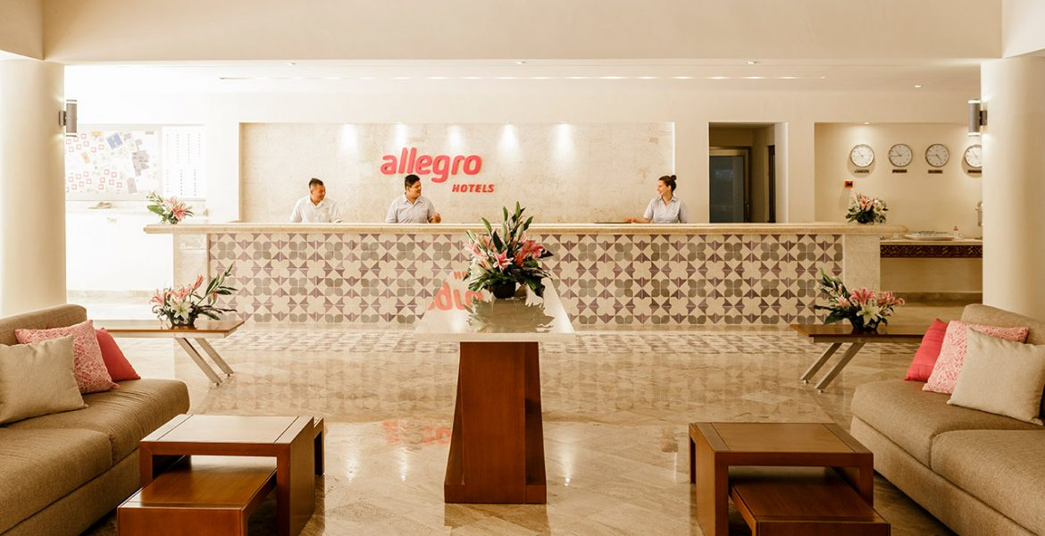 lobby-allegro-playacar-beach-resort-playa-del-carmen-mexico