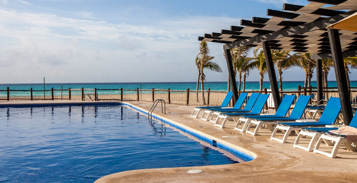 pool-allegro-playacar-beach-resort-playa-del-carmen-mexico