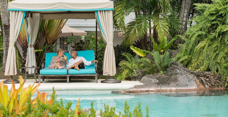pool-cabana-Colony-Club-by-Elegant-Hotels
