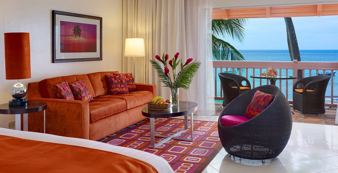 suite-Crystal-Cove-by-Elegant-Hotels