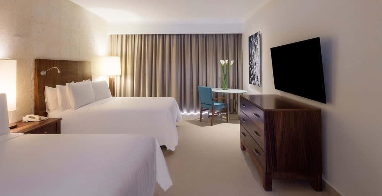 suite-fiesta-americana-condesa-cancun-beach-hotel