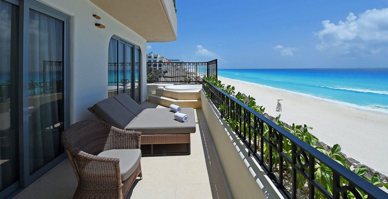 balcony-fiesta-americana-condesa-cancun-beach-hotel