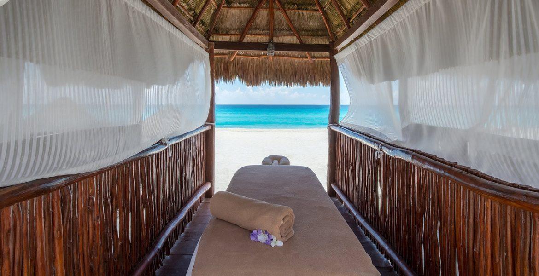 massage-table-on-beach-fiesta-americana-condesa-cancun-beach-hotel