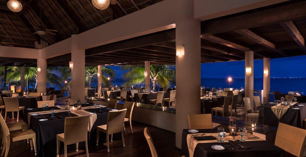 dining-grand-fiesta-americana-coral-beach-cancun