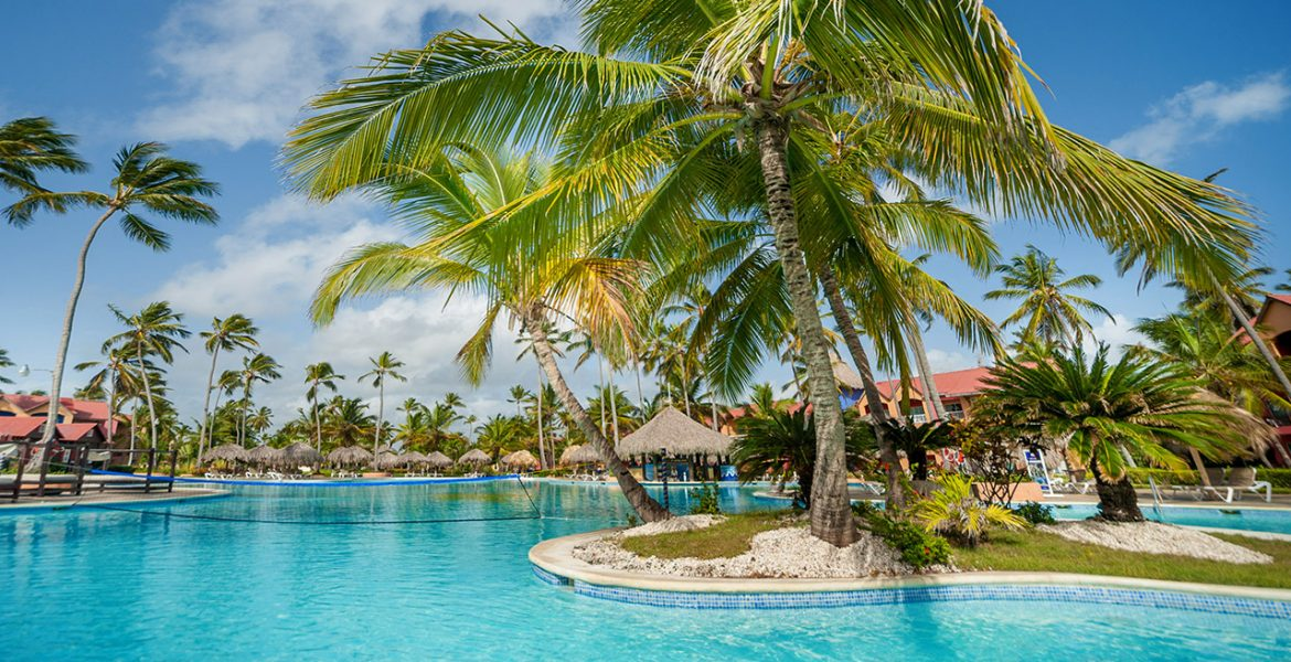 pool-hotel-punta-cana-princess-dominican-republic
