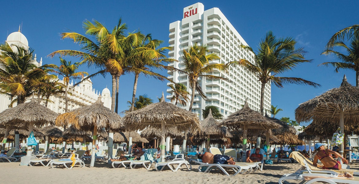 hotel-beach-view-riu-palace-antillas-aruba
