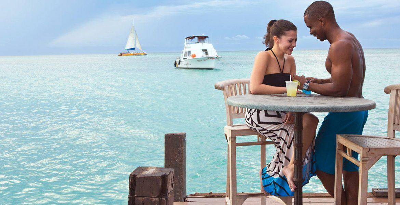 oceanfront-dining-hyatt-regency-aruba-resort-spa-casino-aruba