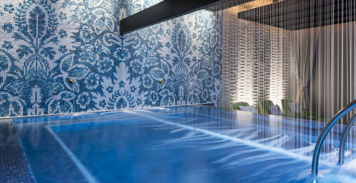 spa-pool-kimpton-seafire-resort-spa