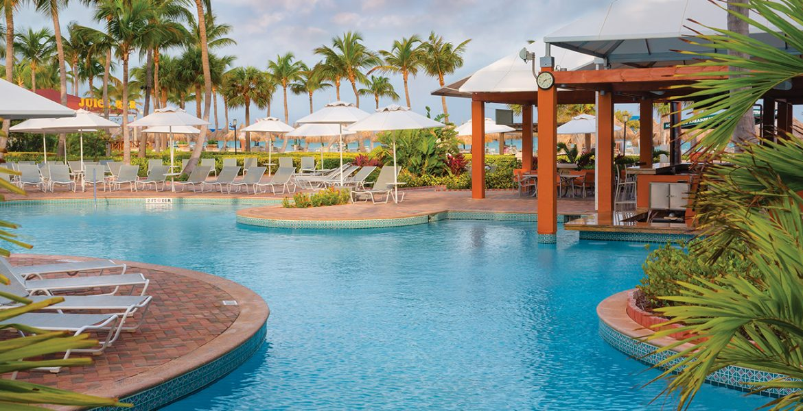 pool-marriott-aruba-ocean-club-beach-hotel