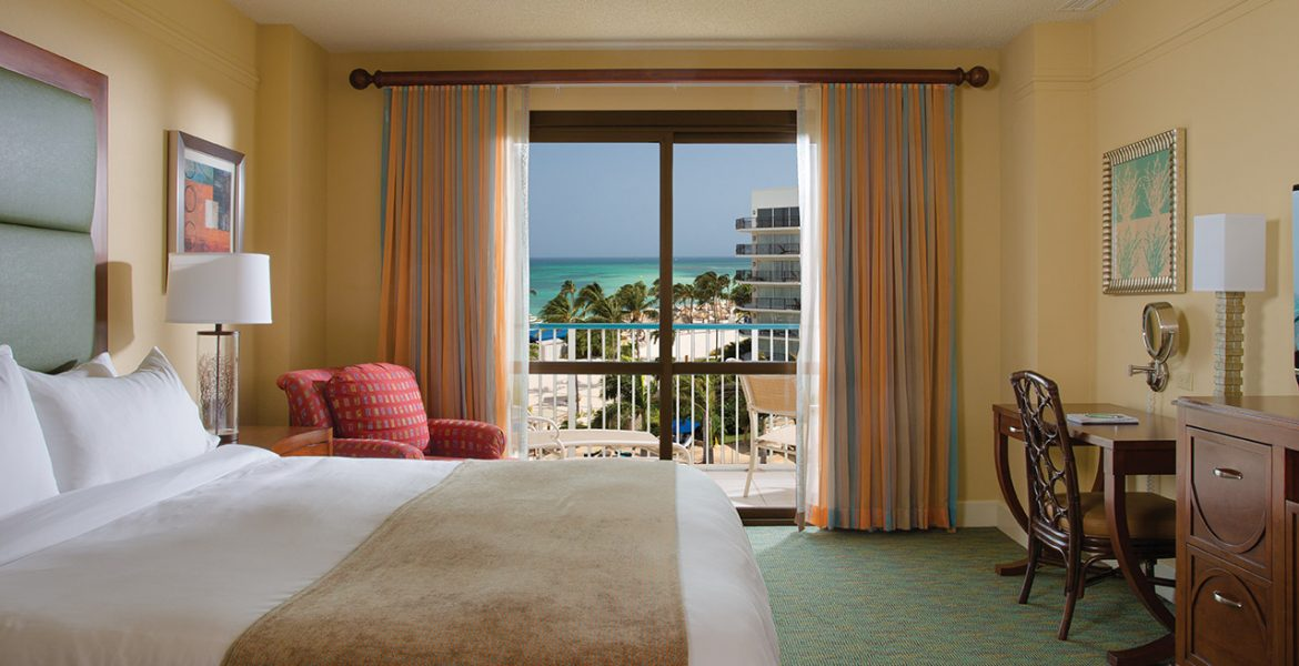 suite-marriott-aruba-ocean-club-beach-hotel