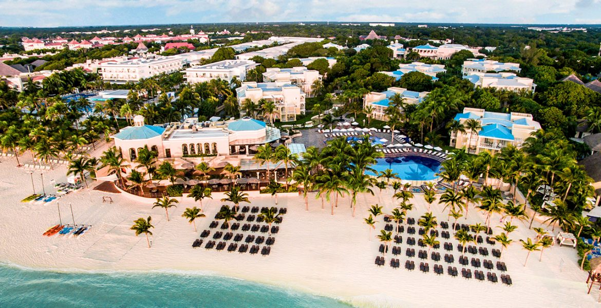aerial-view-occidental-royal-hideaway-playacar-beach-resort